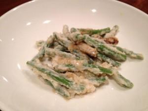 サンド豆と上海蟹の足と爪肉の炒め物