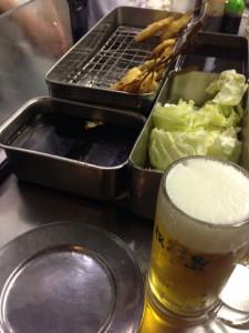 ビールに串カツ